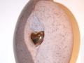 Van der Velde Natuursteen, grafmonumenten, glasmonumenten, kindermonumenten en sierurnen, meer dan 50 jaar vakmanschap in de regio Zeist -urn09