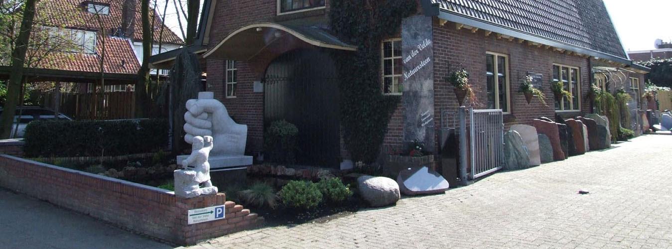 Van der Velde Natuursteen, grafmonumenten en sierurnen in Driebergen, Doorn, Leersum, De Bilt, Bilthoven, Soesterberg, Soest, Houten en Bunnik